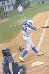 Lexington Varsity Girls Softball vs White Knoll