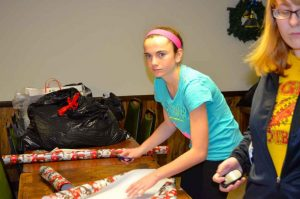 Lady Tigers Gift Wrapping at the Elks