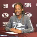 Nokoia White Signs with State Fair Community College