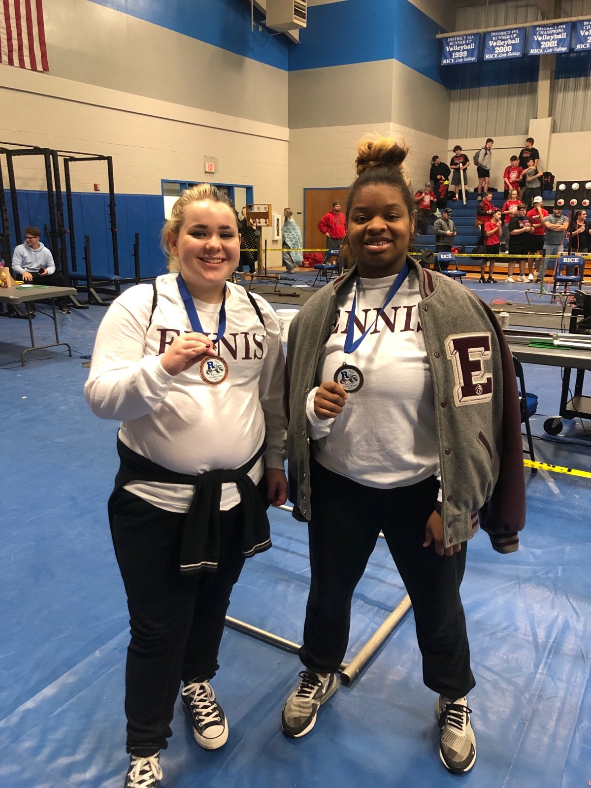 Ennis Women's Powerlifting Team competes extremely well at the Rice Meet this past Saturday