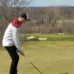 Golfers Compete in MIAC Meet