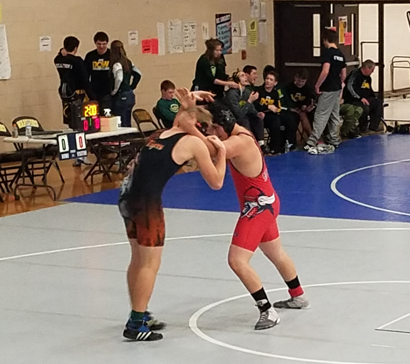Tigers Compete in Bay City Michigan Duals