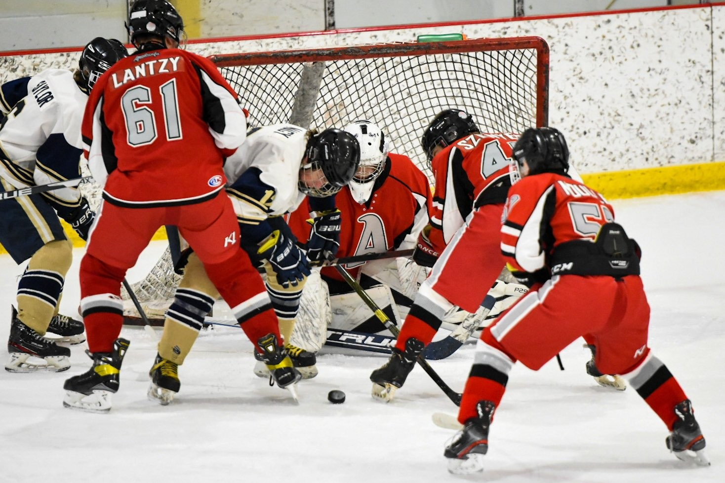 Hockey opens PIHL playoffs with win over Avonworth