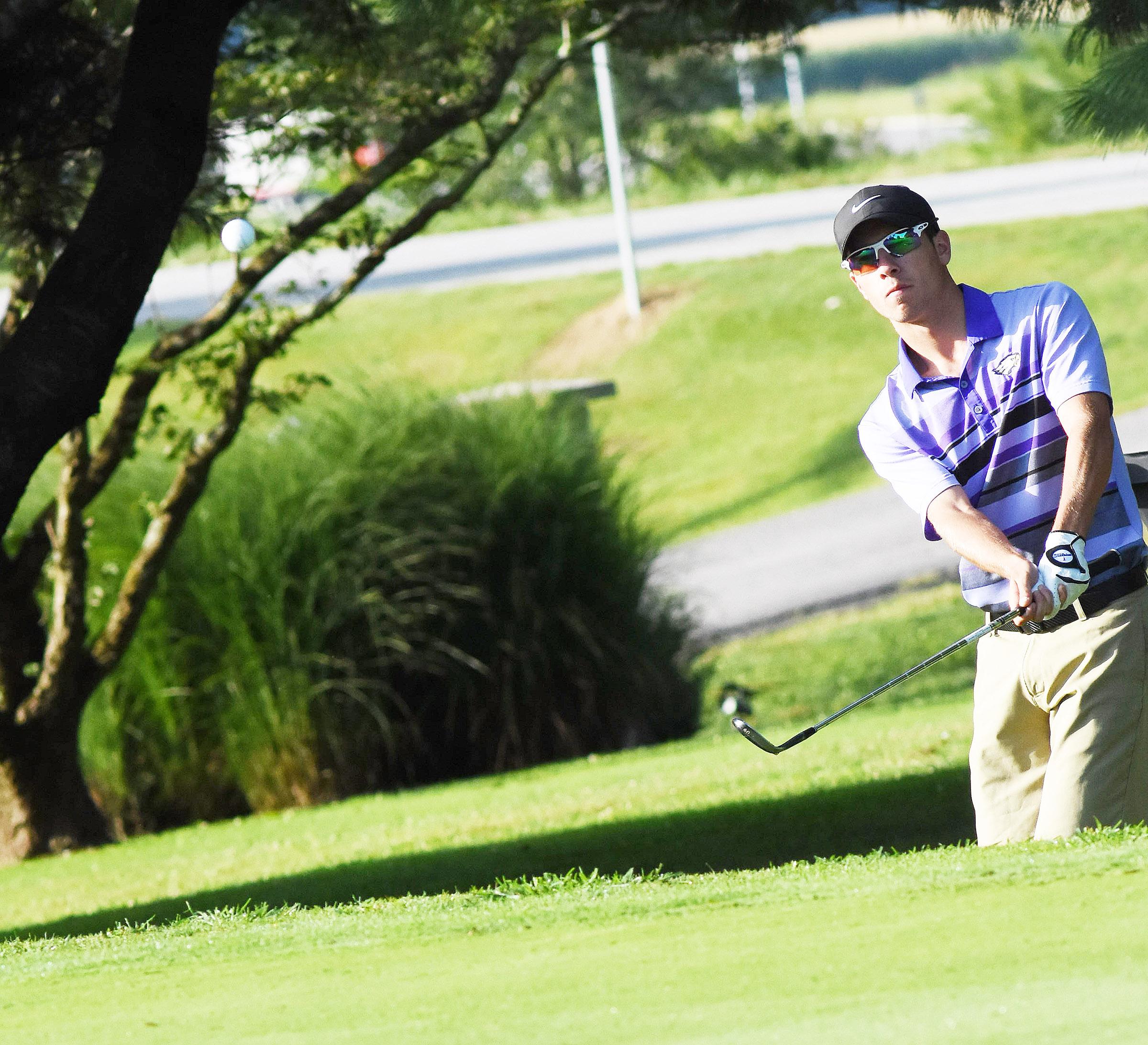 CHS golf team participates in Cardinal Classic