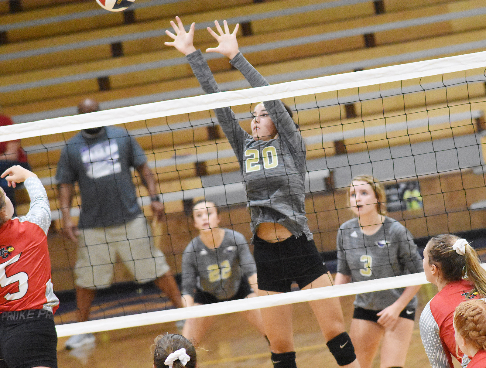 CHS volleyball team wins against Taylor County