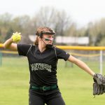 Softball Team Wins Sixth Straight Conference Game