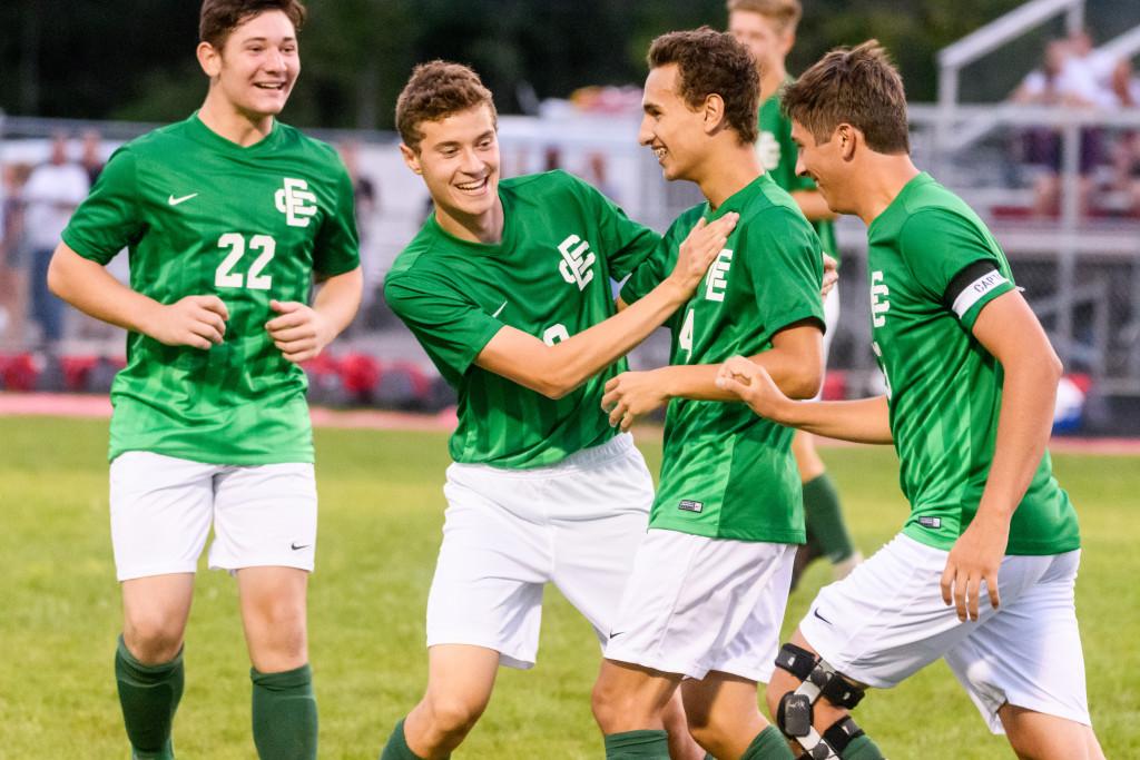 Boys Soccer Awarded OSSCA Academic Excellence Award