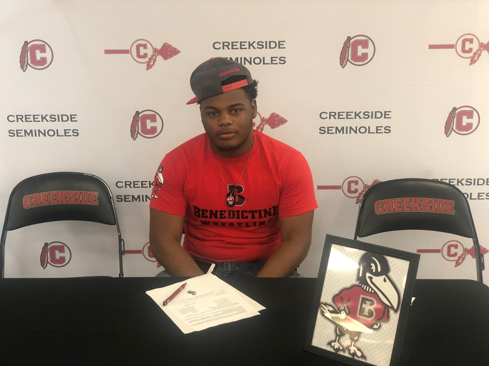 Wrestler Tre Diggs Signs with Benedictine College