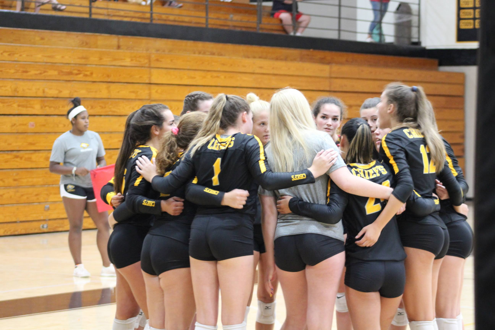 Fresh Faces Look to Spike into the Volleyball Program