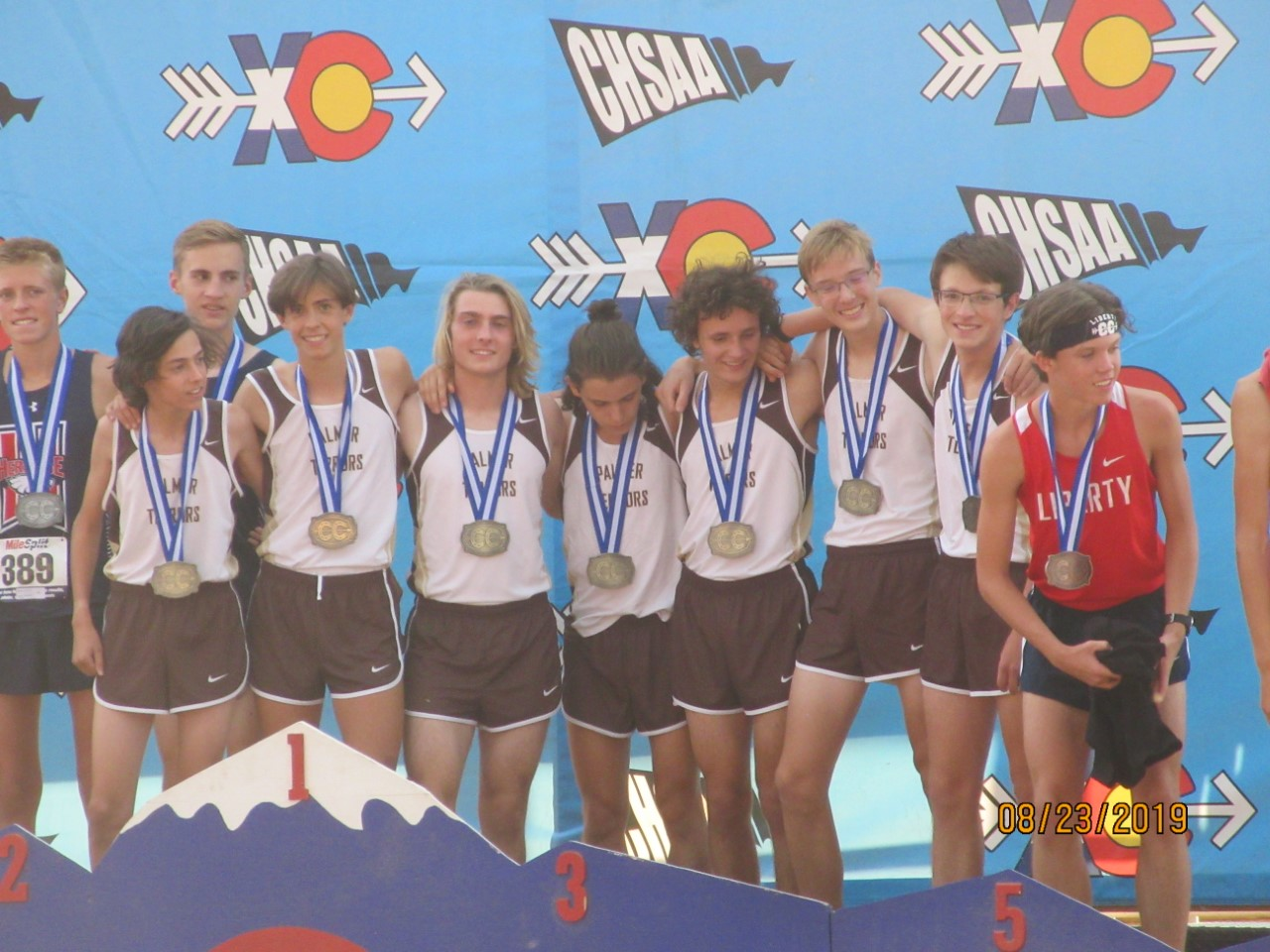 Boys Cross Country Wins the Stampede