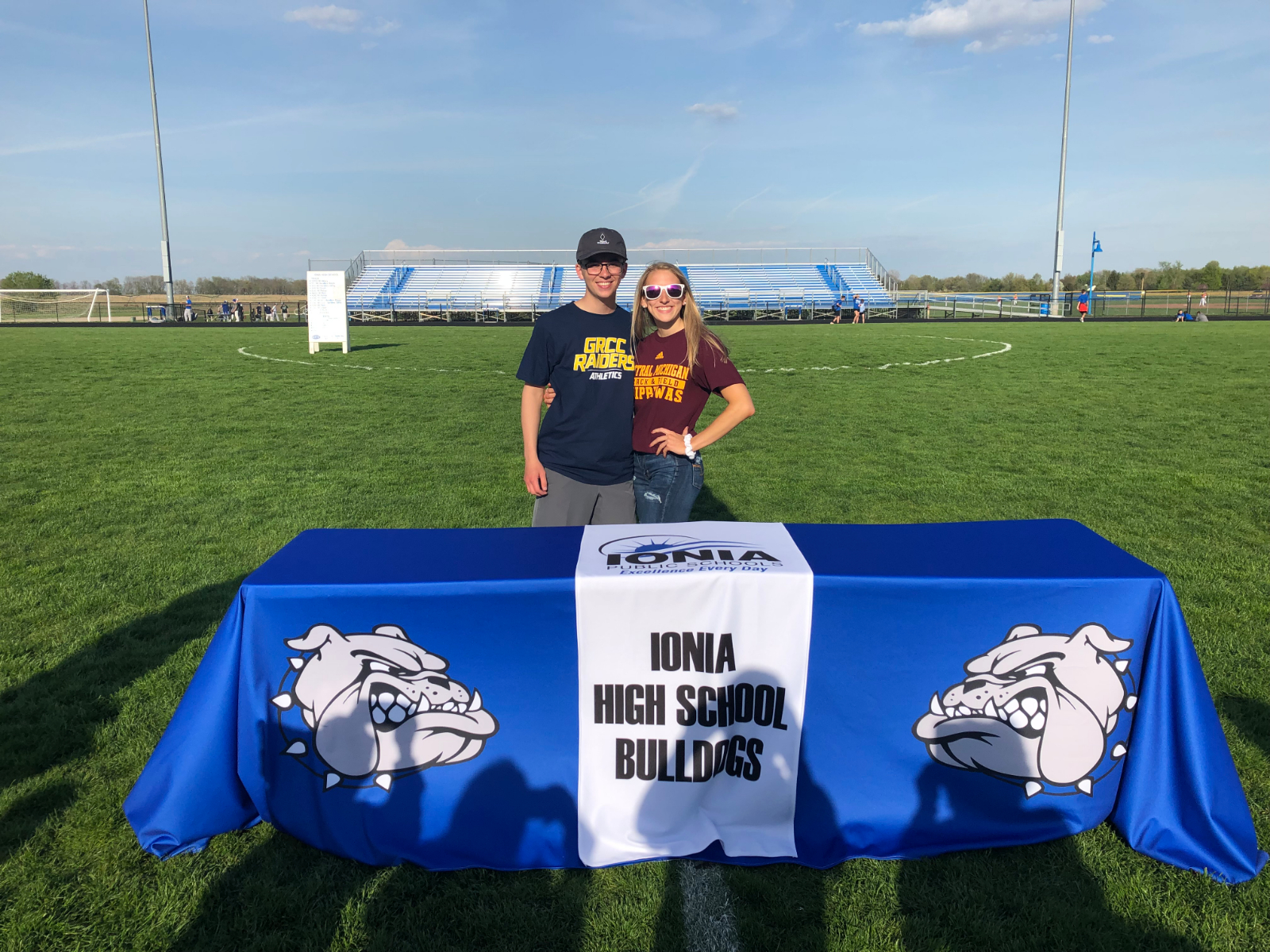 Hausserman and Waterman Sign National Letters of Intent for Golf and Track & Field