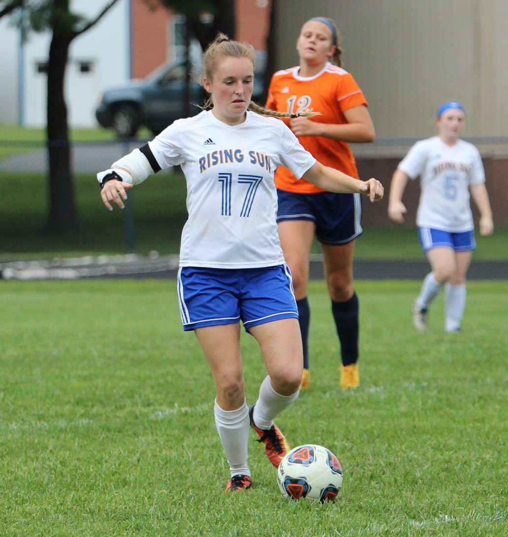 Lady Shiners fall to Rival Lady Pacers