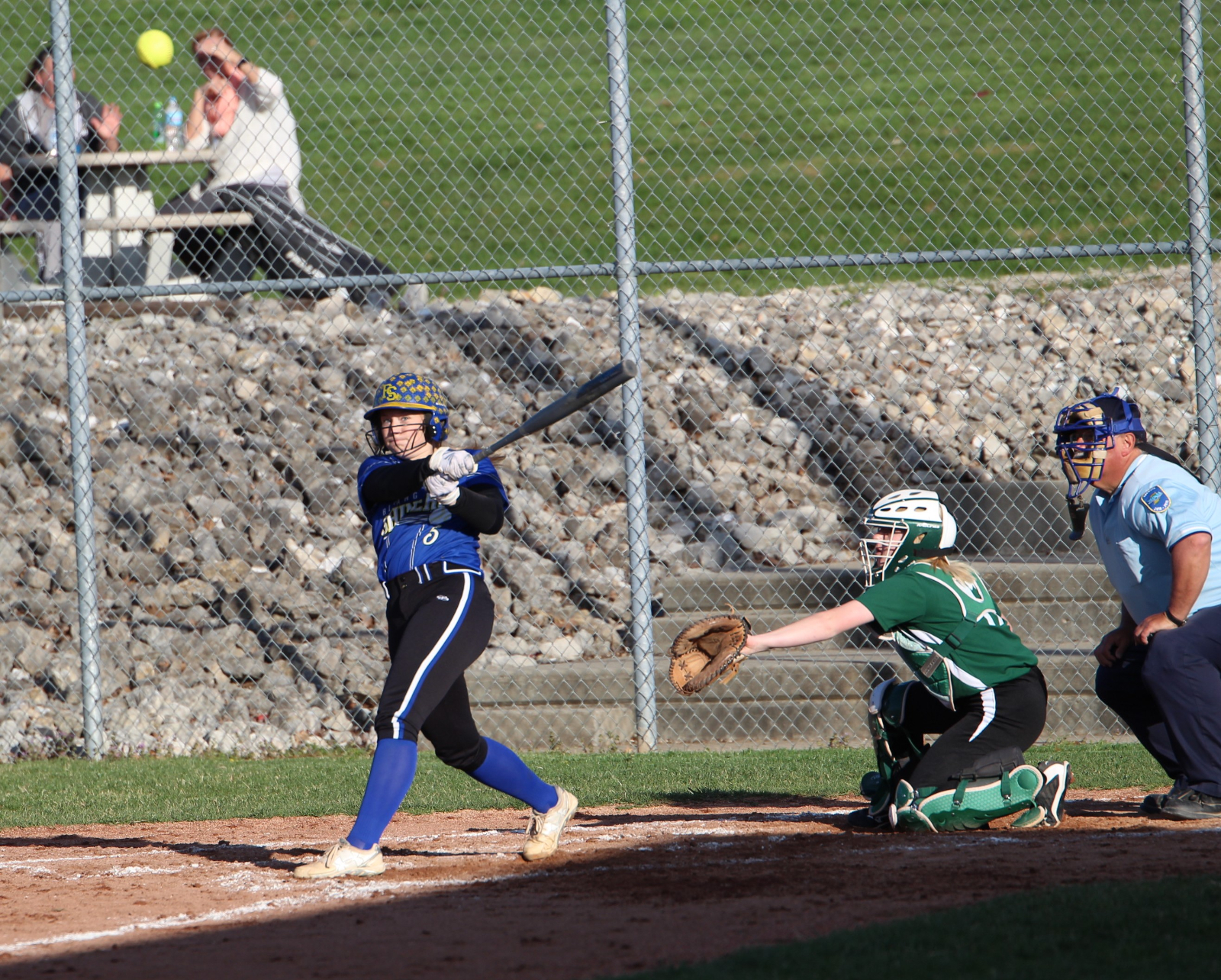 Lady Shiners Stop the Raiders 13-1