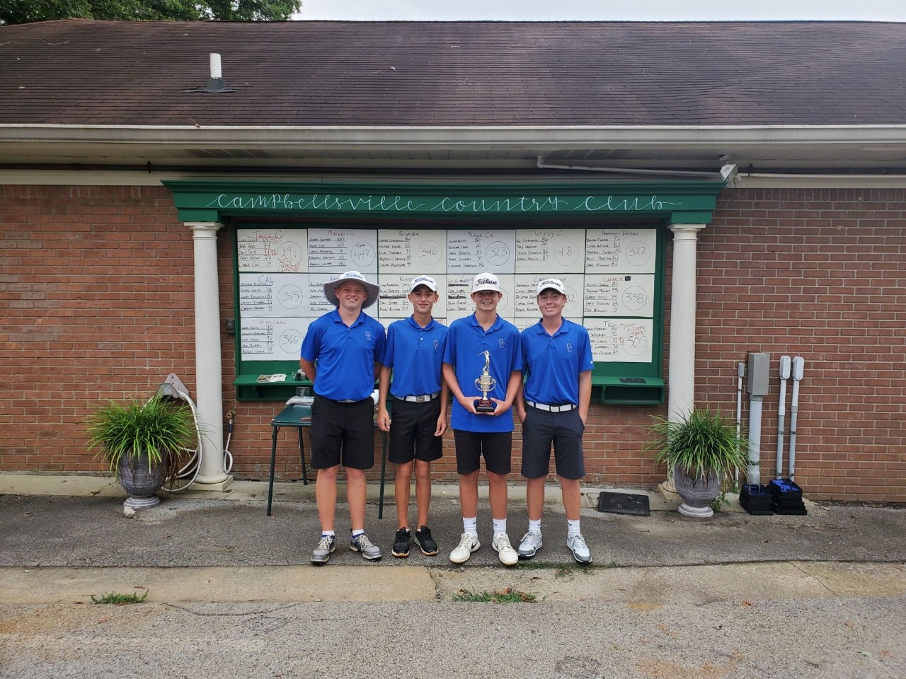 Colonel Golf Team Places Third at Big Daddy Cardinal Classic