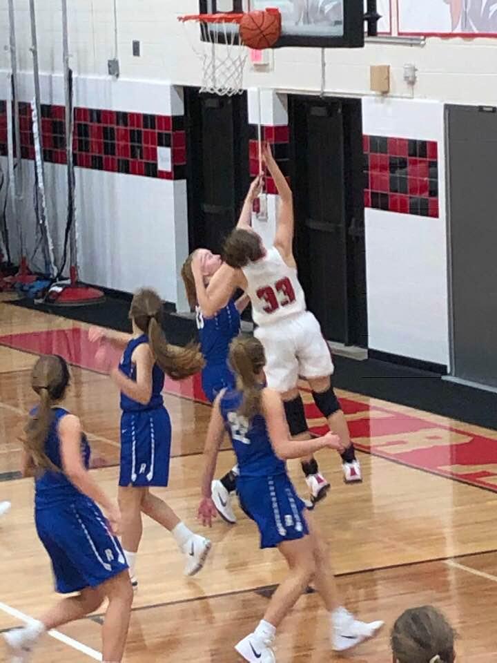 Girls Varsity Basketball beats Ravenna 46 – 32
