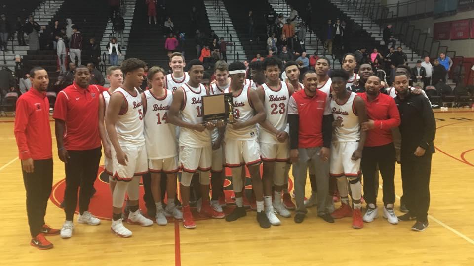 Boys Basketball – KLAA Champions!