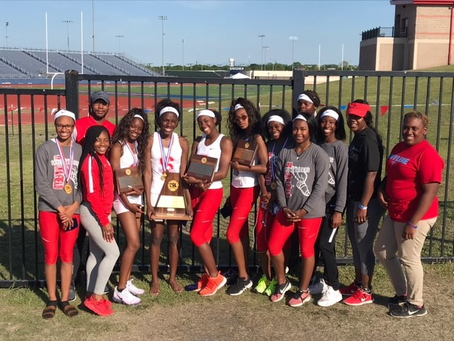 Girls Track Headed to State