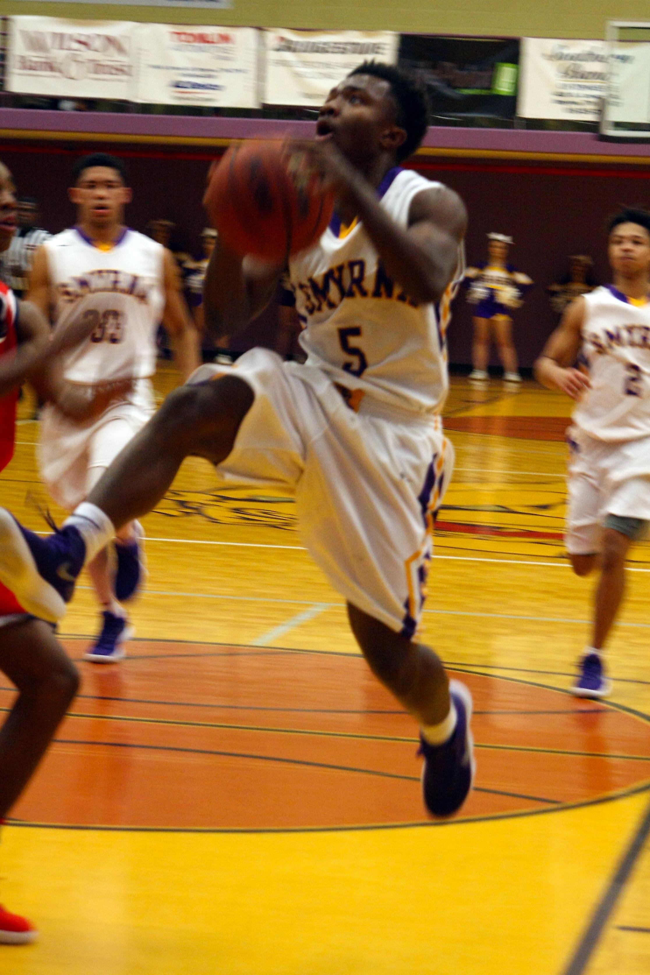 Smyrna Boys Basketball defeated Shelbyville 45-26