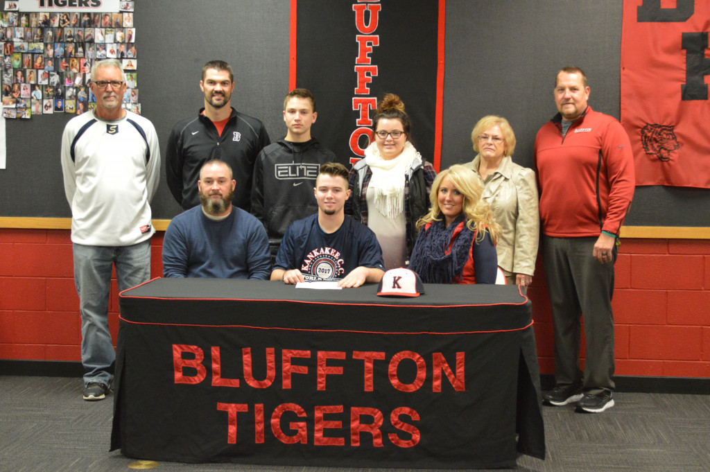 Koltan Moore Signs to Play Baseball at KanKakee Community College