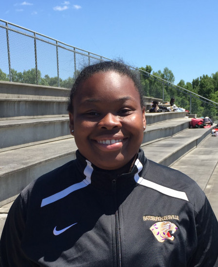 Ty-Layshia West Qualifies for Nationals with a throw of 44'2″ in the Shot Put.