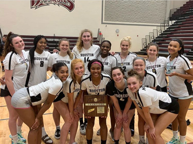 Houston Volleyball Wins 2019 District Tournament