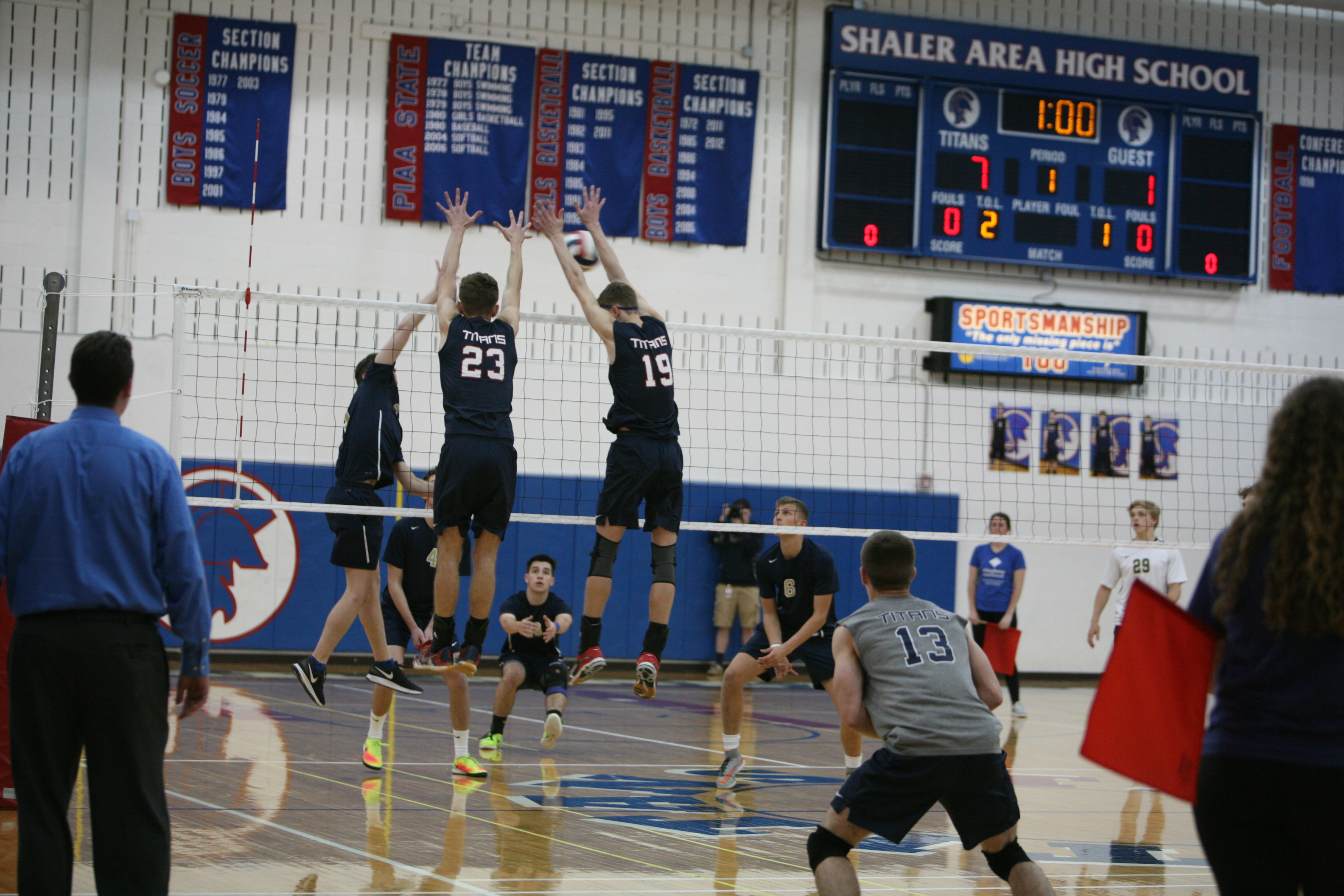 Communication key for Shaler boys volleyball team's young lineup