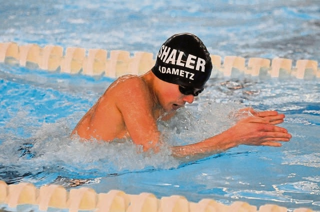 Shaler Area notebook: Senior beats clock to earn spot in WPIAL swim meet