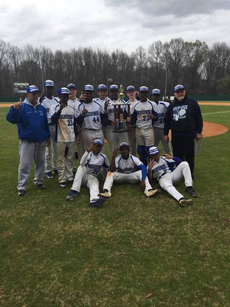 Baseball Team Takes Championship at FCA Diamond Challenge