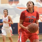 KING WINS EASILY OVER ELSINORE
