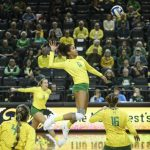 KING ALUM, OREGON DUCKS ADVANCE TO SWEET 16