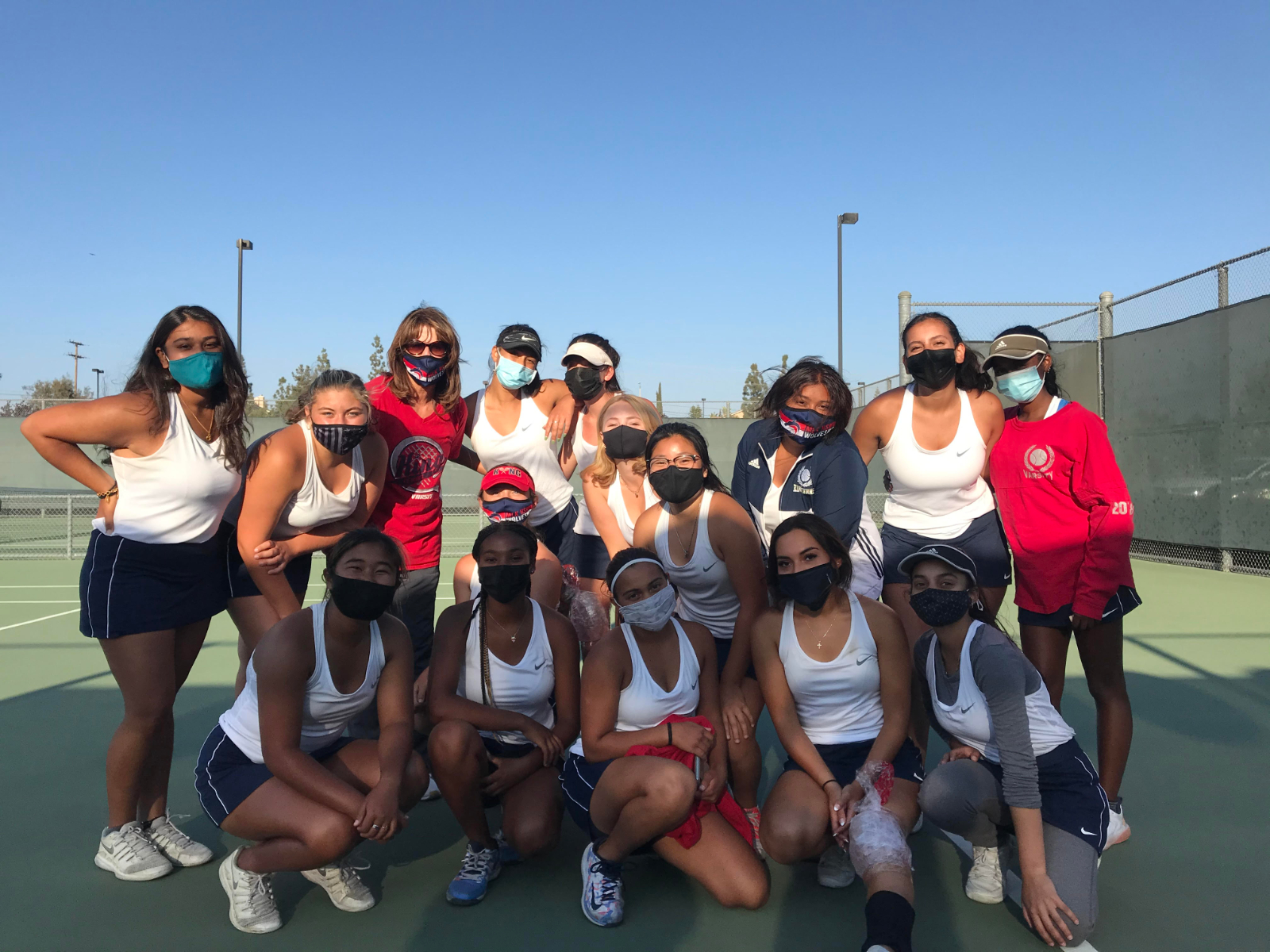 GIRLS TENNIS VICTORIOUS OVER CLAREMONT TO REACH D1 QUARTERS