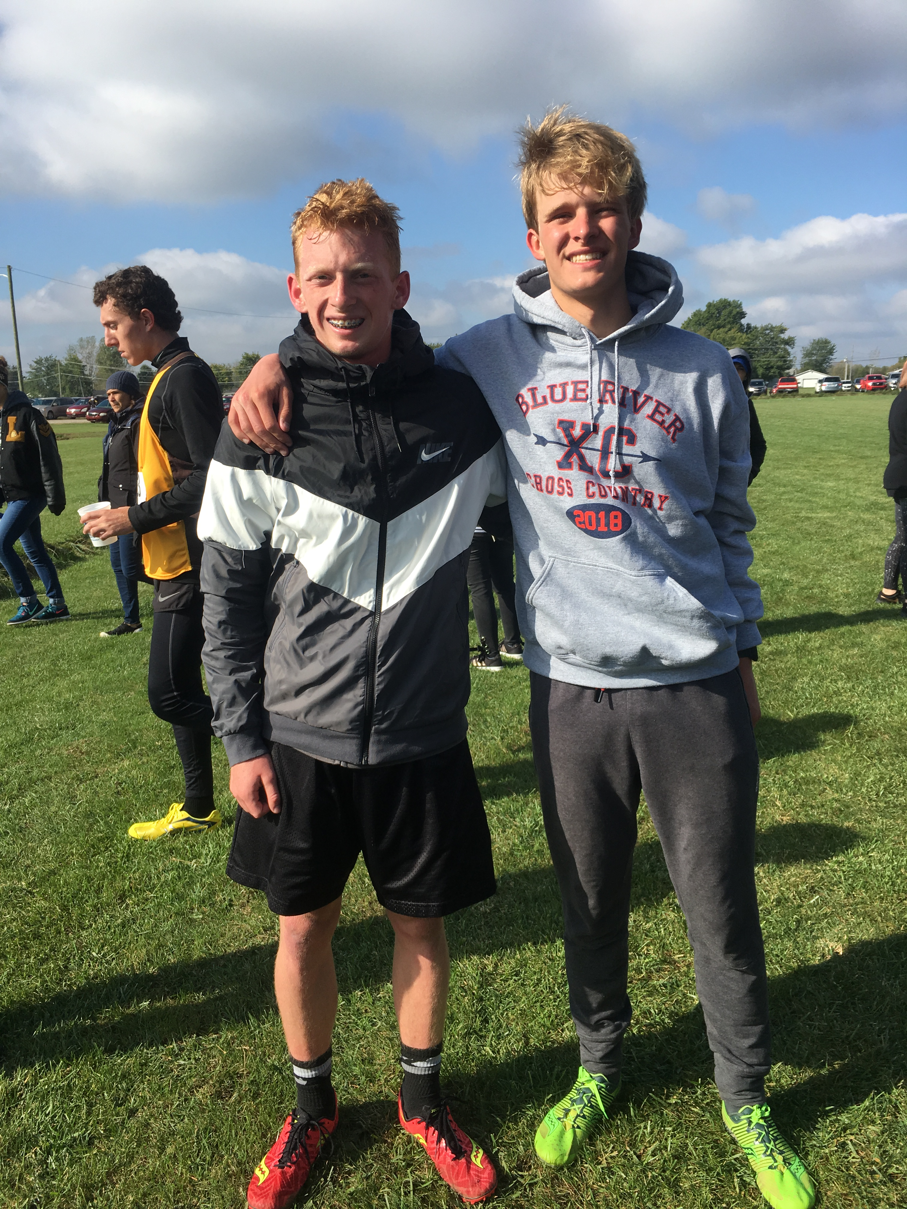 Whitinger and Liles advance to XC Semi_state!