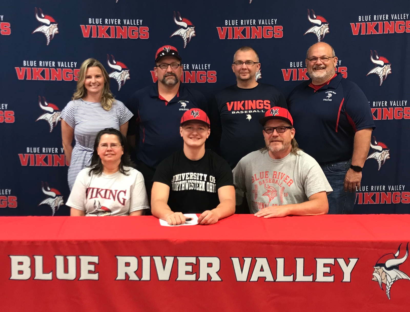 HAMM SIGNS TO PLAY FOR RACERS