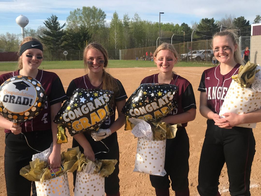 Softball caps Senior Day with 6-1 Victory