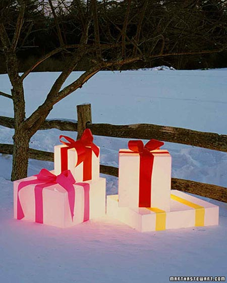 glowing-gift-box