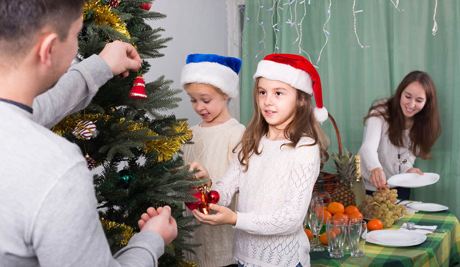 Christmas-Tree-Fire-Safety-Tips