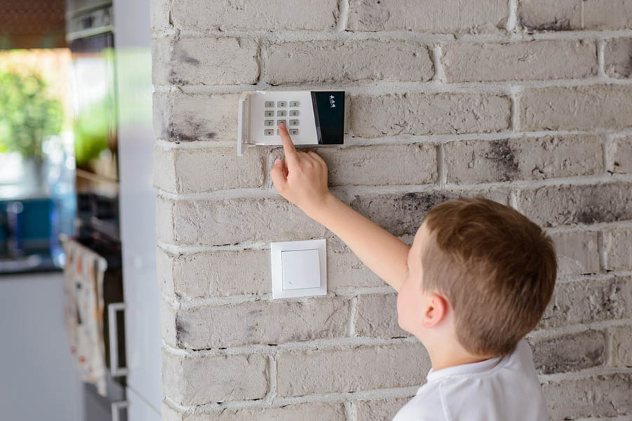 How to Find the Right Home Alarm System
