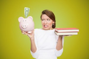Money-Saving-Tips-for-College-and-University-Students