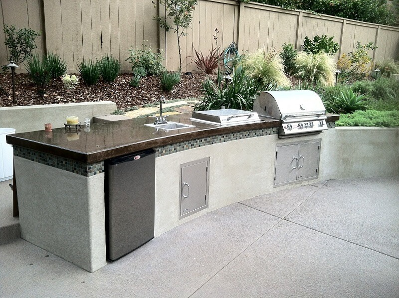 Long island style outdoor kitchen