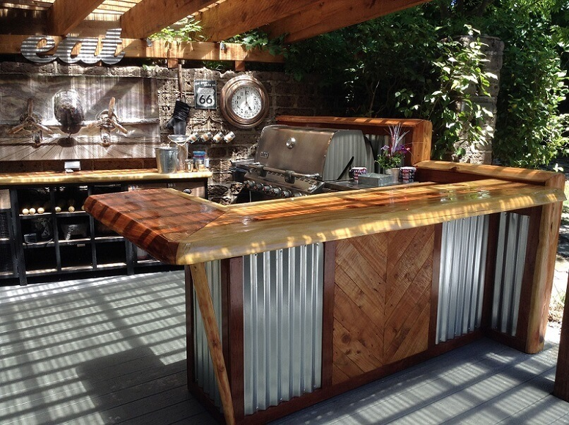 Corrugated metal use in an outdoor kitchen