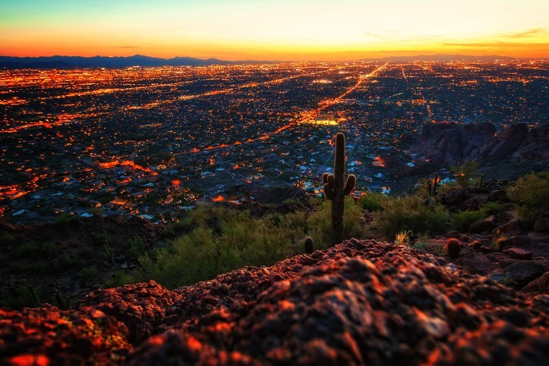 Watch the sunset of Phoenix - things to do in Arizona