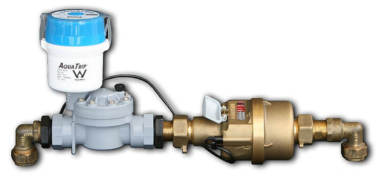 Aquatrip water leak detection system attached to a pipe to control water