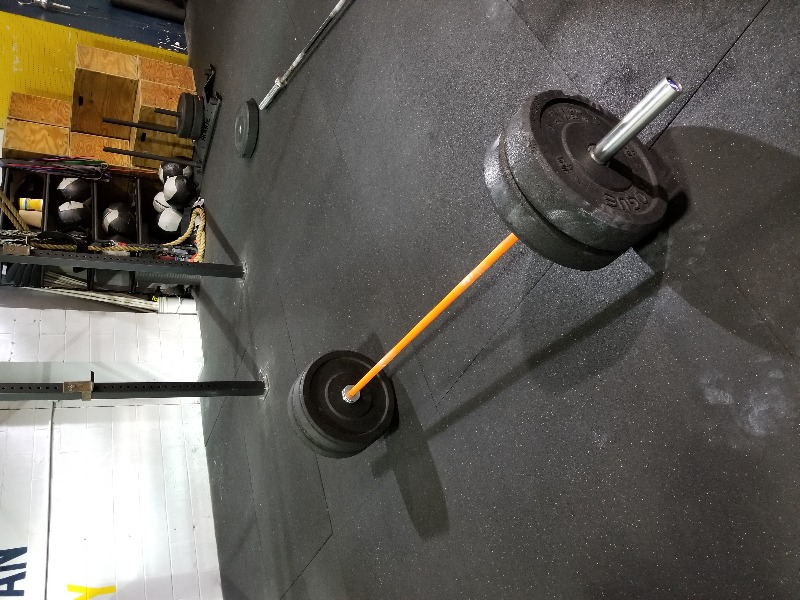 f85a879c1e87 The barbell I bought was a 45lb men's barbell for my boyfriend. He  absolutely loves it! Uses it multiple times a day, loves the grip and the  spin is ...