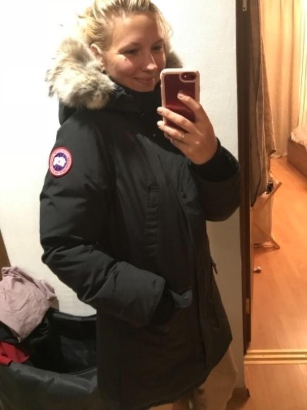 Alisa M. verified customer review of Canada Goose Trillium Parka