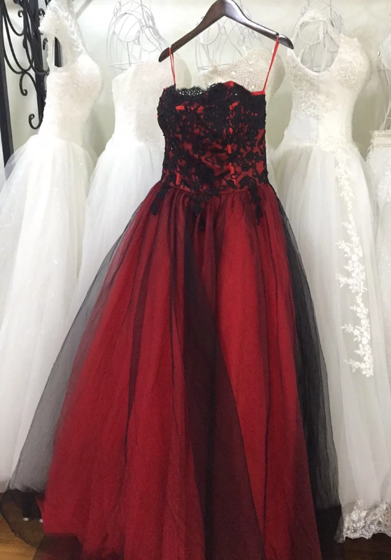 In Stock:Ship in 48 hours Ball Gown Red Tulle Strapless Prom Dress