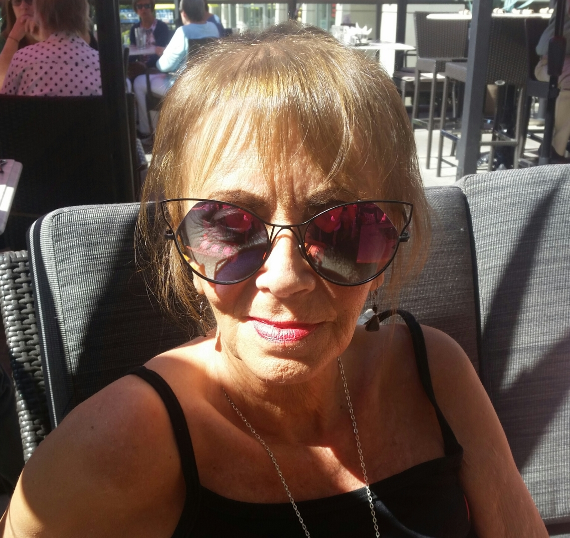 82fd62574b ... Cheryl M. verified customer review of Grace Sunnies - Black Frame    Rose Gold Lens ...