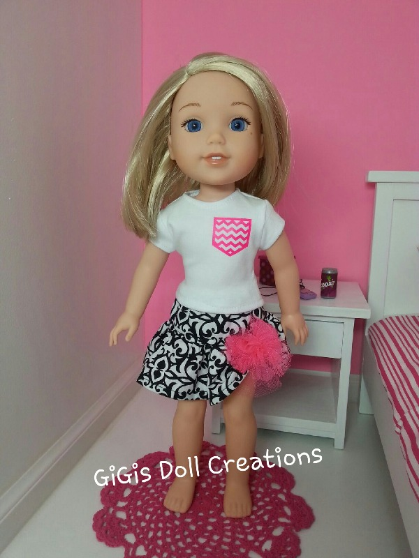 Gathered Sleeve Tee and Harajuku Skirt for Les Cheries and Hearts for Hearts Dolls