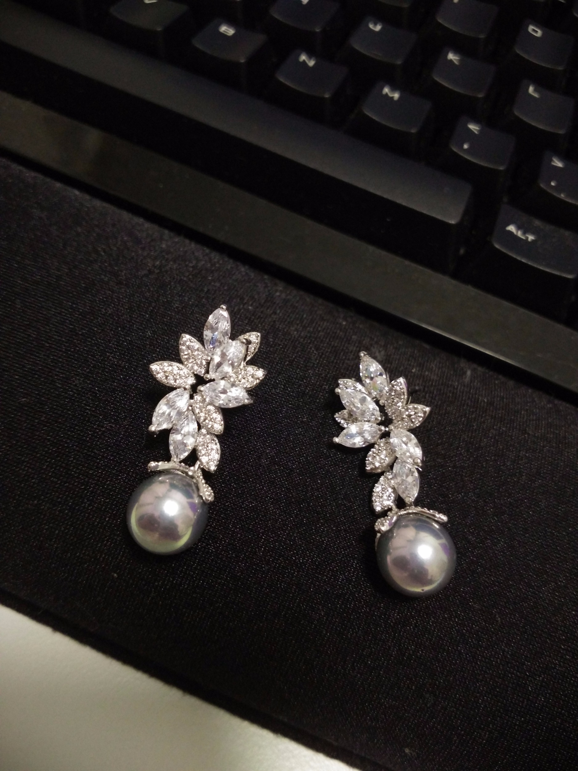pearl cultured white lyst drop round stud mikimoto view diamond fullscreen akoya earrings jewelry gold