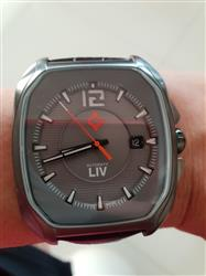 Simon H. verified customer review of Rebel-A Gray IP Swiss Automatic Gray Dial