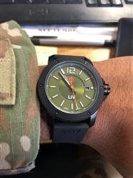 Alberto C. verified customer review of LIV GX Base Swiss 3 Hand | Black IP Case | Dark Green Dial 1010.42.50